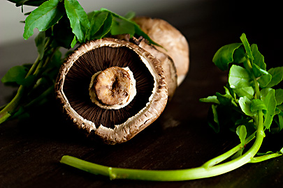 Cremini Mushrooms with Watercress