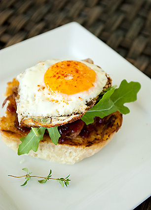 Open-faced barbecue sandwich
